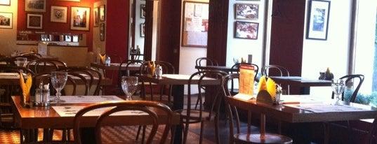 Траттория IL Tortellino is one of поесть с семьёй в выходные.