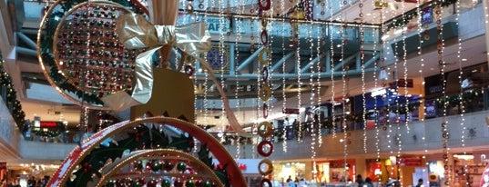 Plaza Singapura is one of 新加坡 Singapore - Shopping Malls.