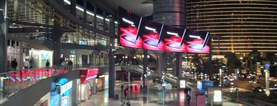 Fashion Show Mall is one of How to Vegas.