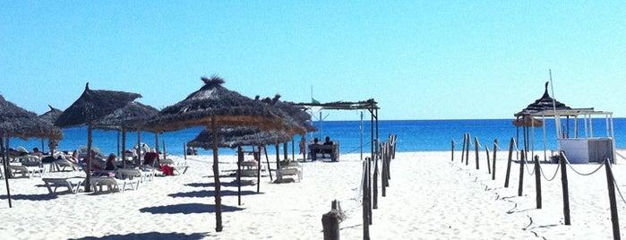 Jinane Hammamet Beach is one of plages.