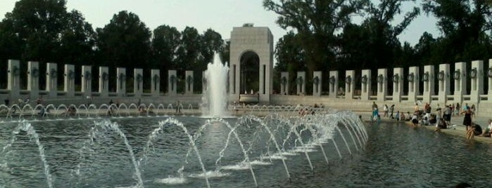 World War II Memorial is one of Washington D.C..