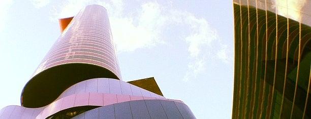 Instituto Tomie Ohtake is one of São Paulo - O que tem por perto?.