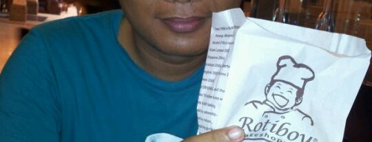 Roti Boy is one of Nanda's All Favorite♥♚.