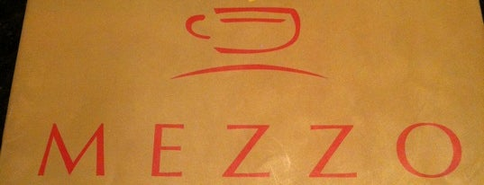 Mezzo Café is one of para probar.