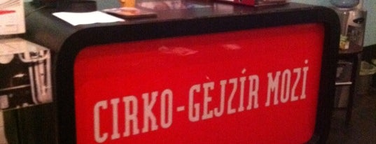 Cirko-Gejzír Filmszínház is one of badge 2.