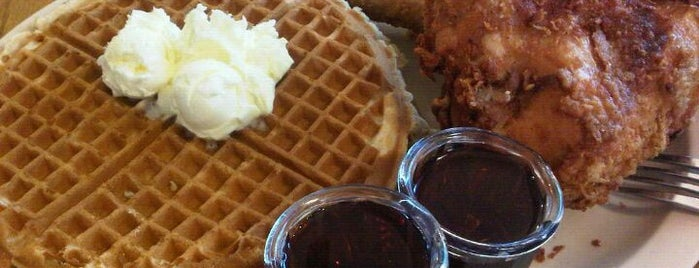 Roscoe's House of Chicken and Waffles is one of FOOOOOD!.