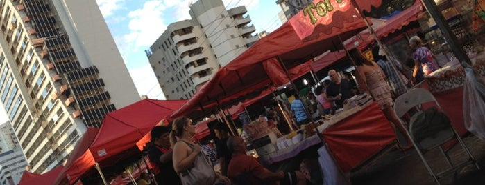 Feira da Lua is one of Pontos Turisticos Essenciais Goiania.
