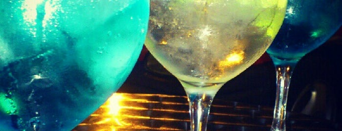 Image result for alcoba azul gin tonic