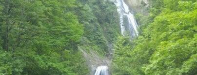 羽衣の滝 is one of 日本の滝百選.