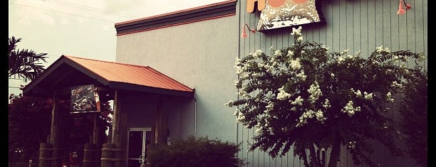 Hooters is one of Must-visit Food in Burlington.