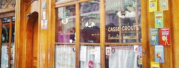 Café des Féderations is one of Lyon.