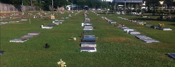 Cebu Memorial Park Cemetery (CEMPARK) is one of Places to GO.