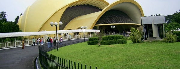 Theater IMAX Keong Emas is one of Enjoy Jakarta 2012 #4sqCities.
