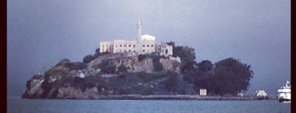 Ilha de Alcatraz is one of Great places for museum mysteries.