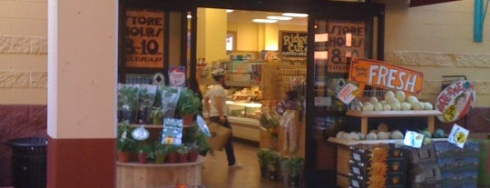 Trader Joe's is one of Food Near 1550 Bryant.