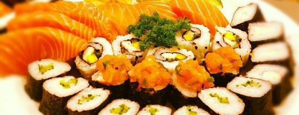 Sassá Sushi is one of restaurantes a visitar.