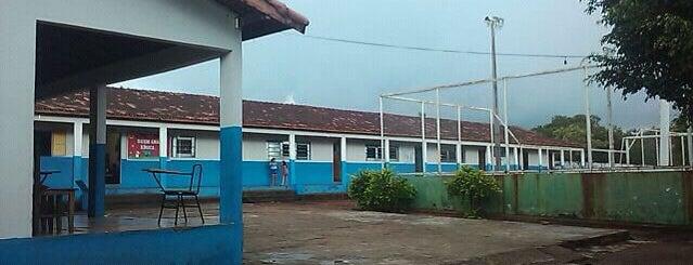 Escola Municipal Vereador José Odete is one of Educação em Paraíso do Tocantins.