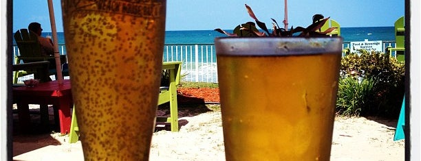 Mulligan's Beach House Bar & Grill is one of Kids Eat (Almost) Free near Vero Beach.