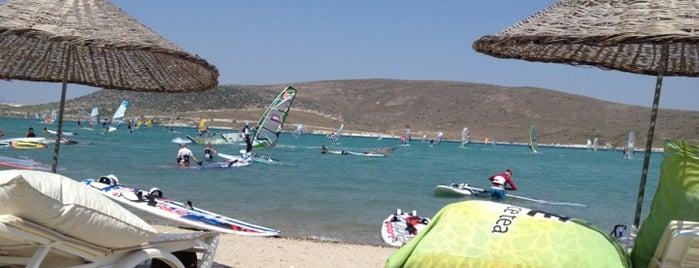Bu Bi Sörf Okulu is one of Alaçatı'nın En İyileri / Best of Alacati.