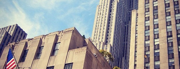 Rockefeller Center is one of Architecture - Great architectural experiences NYC.