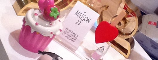 maison22 is one of We works with MoltoChic Marketing&C.