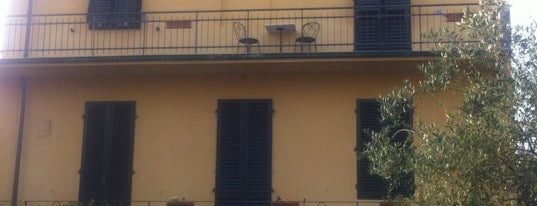 B&B Lucca in Villa San Donato is one of Alloggiare a Lucca C&G.