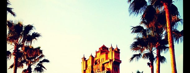 The Twilight Zone Tower of Terror is one of Mis lugares más queridos !.