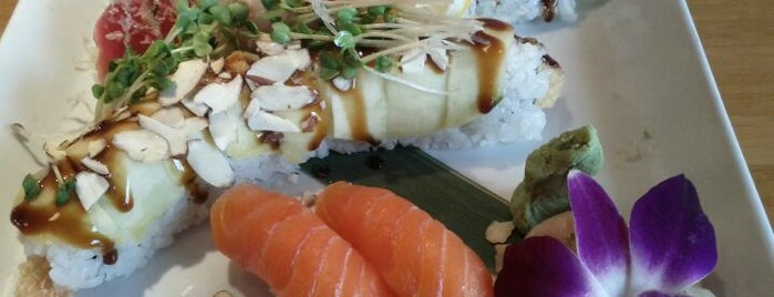 Mura Japanese Restaurant is one of Get in my belly.