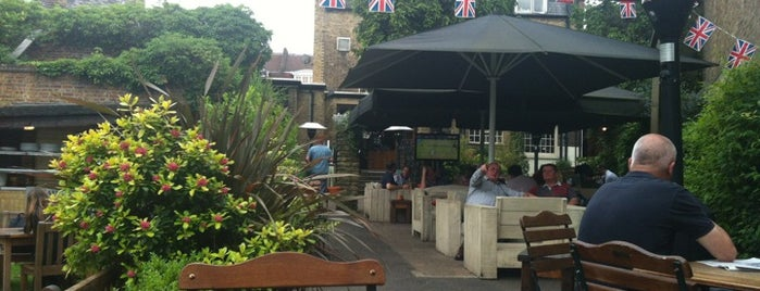 Hare and Hounds is one of UK_to go_Summer Bars.