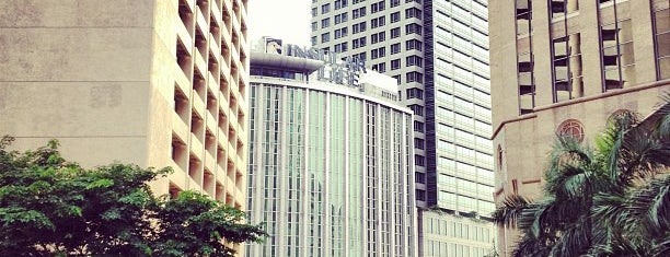 Ayala & Paseo de Roxas Intersection is one of Must-visit Great Outdoors in Makati City.