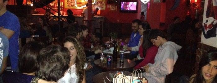 Entre Folhas is one of Bares e restaurantes BH.