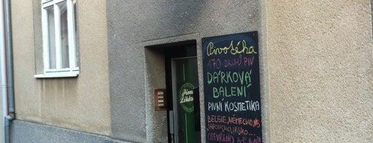 Pivní Lékárna is one of Pivotéky v Česku (pivnirecenze.cz).