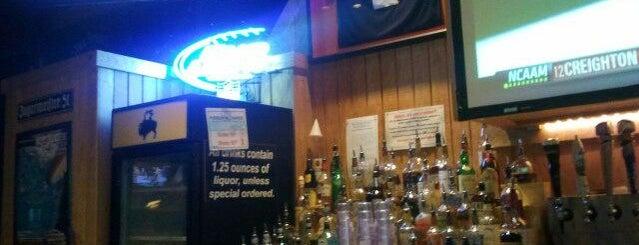 Buffalo Wild Wings is one of DRINKS.