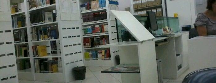 Biblioteca Senai Santo Amaro is one of Estudo.