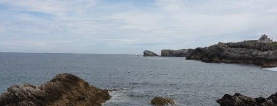 Playa San Juan de la Canal is one of Guía de Cantabria.