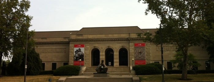 Columbus Museum of Art is one of Historian.