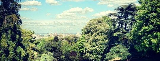Buttes Chaumont Park is one of Paris.