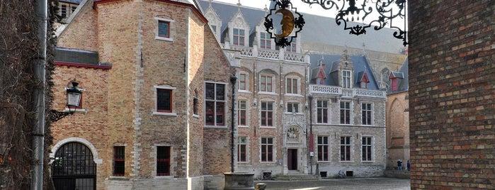 Gruuthusemuseum is one of Brugge, Belgio.