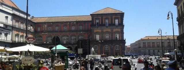 Piazza Trieste e Trento is one of ristoranti e pizzerie.
