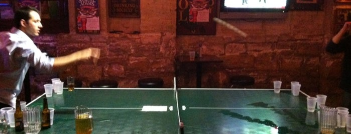Streeter's Tavern is one of The 15 Best Places with Bar Games in Chicago.