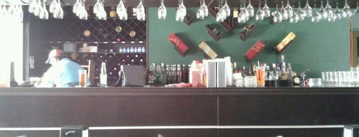 Bebedero (Chelas & Drinks) is one of Muchos.