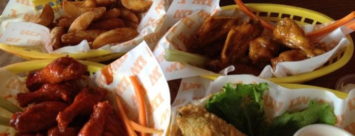 Lucky Wings is one of Restaurantes de San luis.