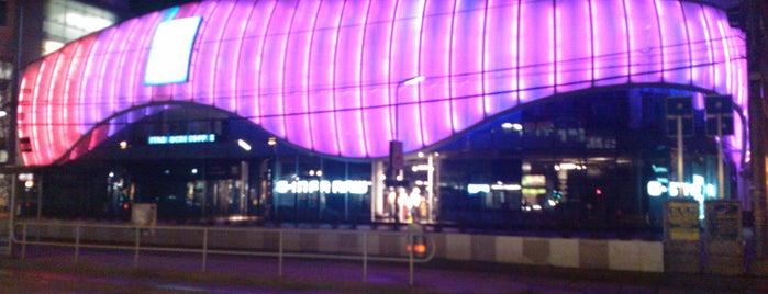 Donauzentrum is one of Malls.