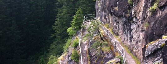 Beacon Rock State Park is one of Heading to Hood River.