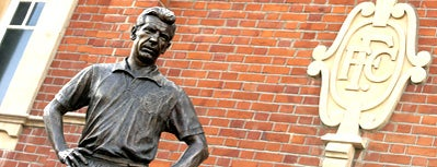 The Johnny Haynes Statue is one of zeus.