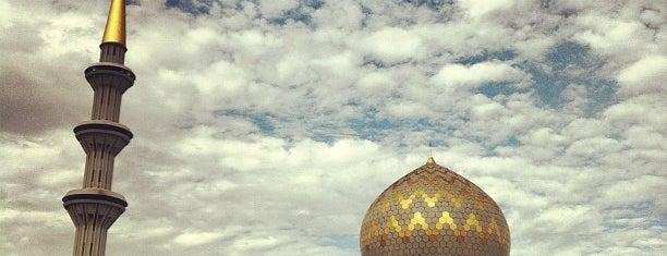 Masjid Negeri Sabah is one of masjid.