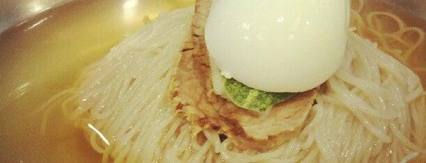 강서면옥 is one of 한국인이 사랑하는 오래된 한식당 100선.