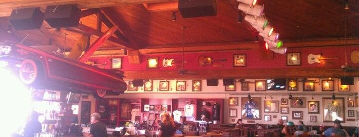 Hard Rock Cafe Maui is one of HARD ROCK CAFE'S.