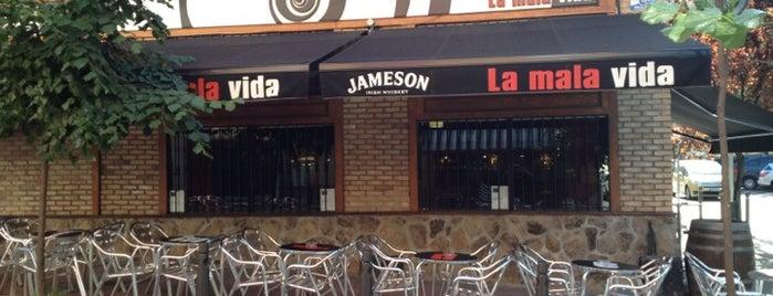 La Mala Vida is one of Cajón DeSastre.