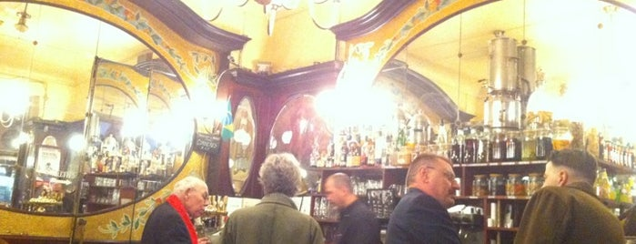 Le Cyrano is one of Cool Bars @Paris.